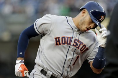 Carlos Correa's two homers lead Houston Astros past Oakland Athletics