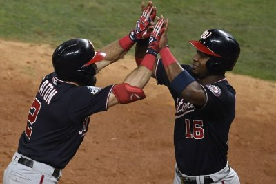 World Series: Washington Nationals crush Houston Astros to take 2-0 lead