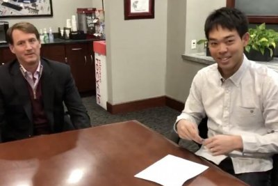 Cincinnati Reds sign first Japan-born player for $21M