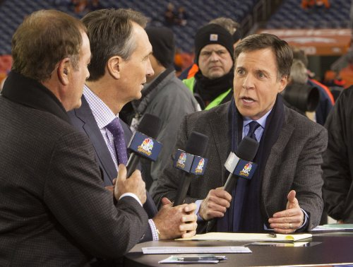 Bob Costas' pinkeye -- eye infection -- is highly contagious