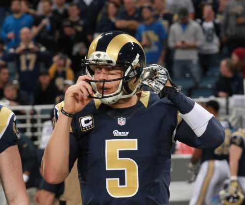 Finding no buyers, Rams release QB Nick Foles