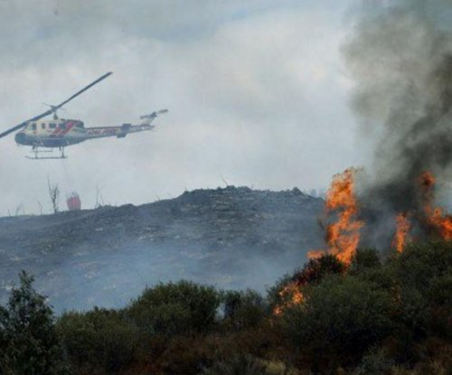 Southern California fire grows to 1,470 acres, but evacuations lifted