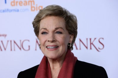 Venice Film Festival to honor Julie Andrews