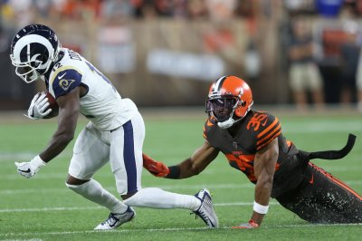 Browns waive starter Jermaine Whitehead after inappropriate Twitter posts