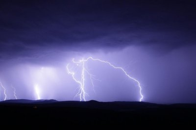 Arctic lightning strikes anticipated to double in frequency because climate warms thumbnail