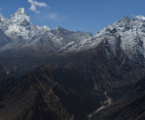 Doctors confirm first cases of COVID-19 at Mount Everest