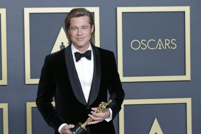 Academy adds 395 new Oscar voters to membership