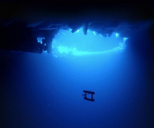 Scientists create 3D maps of antarctic sea ice with underwater robot