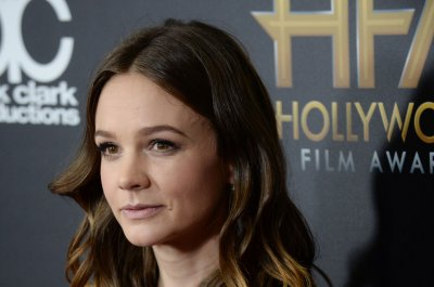 Carey Mulligan on grandmother's dementia: 'She hasn't recognized any of us' for 7 years
