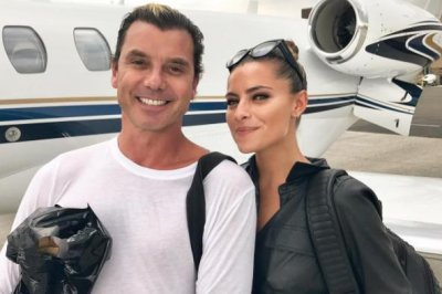 Gavin Rossdale posts pic with Sophia Thomalla after dating rumors