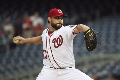 Nationals' Roark looks to continue success vs. Giants