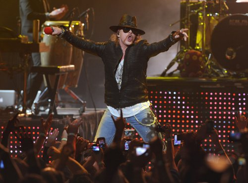 Axl Rose sends regrets on rock honor