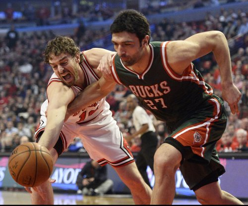 Golden State Warriors sign C Zaza Pachulia