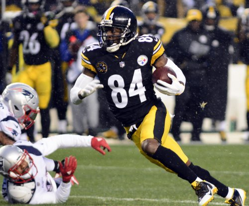 Pittsburgh Steelers WR Antonio Brown active for playoff game