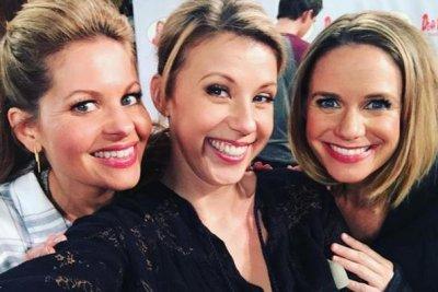 Jodie Sweetin celebrates 'Fuller House' Season 4 renewal