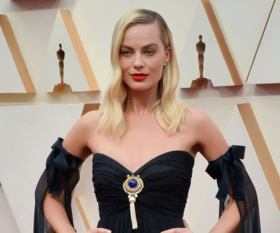 Margot Robbie, Christian Bale to star in David O. Russell's next film