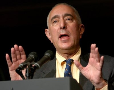 Ben Stein tackles evolution debate