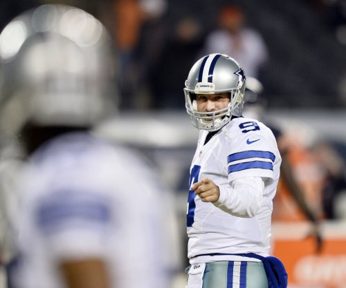 Tony Romo quitting football for broadcasting gig