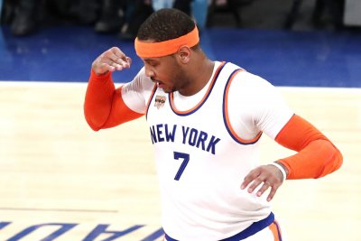 Oklahoma City Thunder officially acquire Carmelo Anthony from New York Knicks