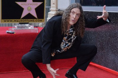 Weird Al Yankovic announces 2019 North American tour