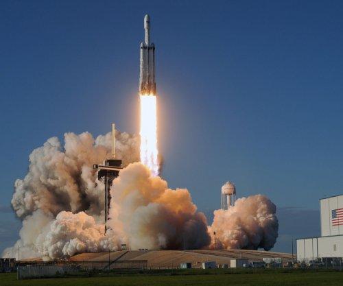 SpaceX to launch cargo resupply mission despite Crew Dragon mishap