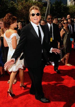 Ryan O'Neal headed to '90210'