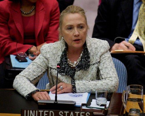 Hillary2016 trending on Twitter