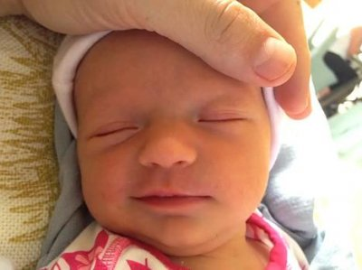 Jimmy Kimmel shares first pictures of newborn daughter, Jane