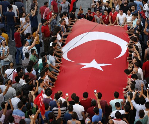 Turkey renews calls for Gulen extradition; 81,000 disciplined after coup attempt