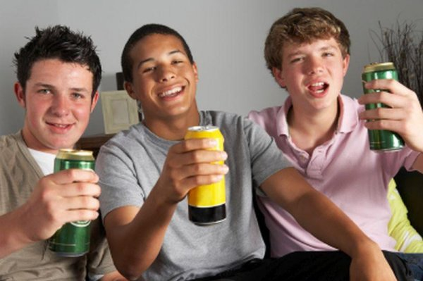 Advertising Influences on Teens LIVESTRONG. COM