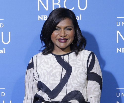 Mindy Kaling enjoys beach day after pregnancy news