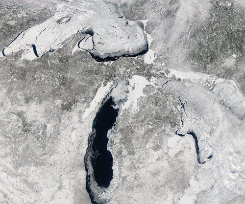 Enbridge shuts oil pipeline because of bad Michigan weather