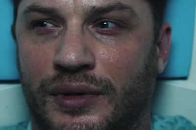 'Venom:' Tom Hardy's body gets taken over in first trailer
