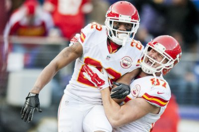 Reports: Chiefs to trade CB Peters to Rams