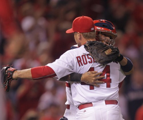 St. Louis Cardinals slip by Milwaukee Brewers