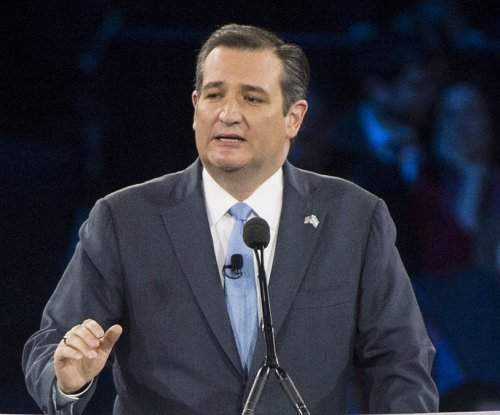 Cruz cornered on gay rights at 'Good Morning America' town hall