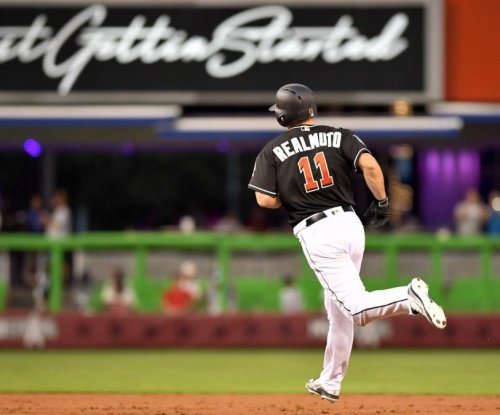 Realmuto, Straily help Marlins end losing streak vs. Braves