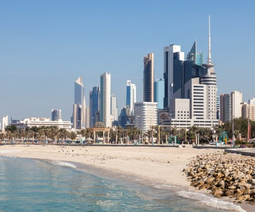 Kuwait exposed to risk from volatile oil prices