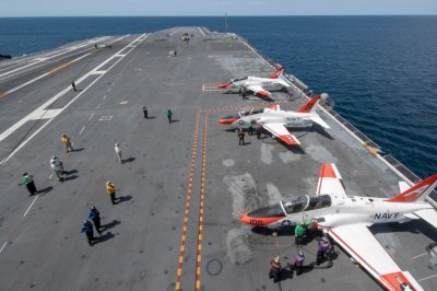 Pilots complete carrier qualifications aboard USS Gerald R. Ford