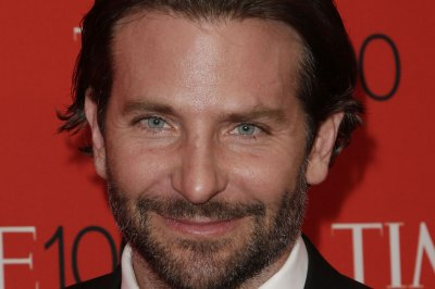 Bradley Cooper, model Irina Shayk spotted on date