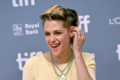 Famous birthdays for April 9: Kristen Stewart, Dennis Quaid