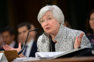 Janet Yellen says income inequality hurting U.S. economy