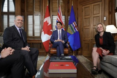 Alberta offers financial support for Trans Mountain pipeline