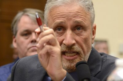 Angry Jon Stewart pushes lawmakers to extend 9/11 victims fund
