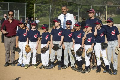 President Obama visits National Baseball Hall of Fame