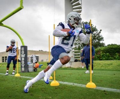 Dallas Cowboys list RB Ezekiel Elliott as backup