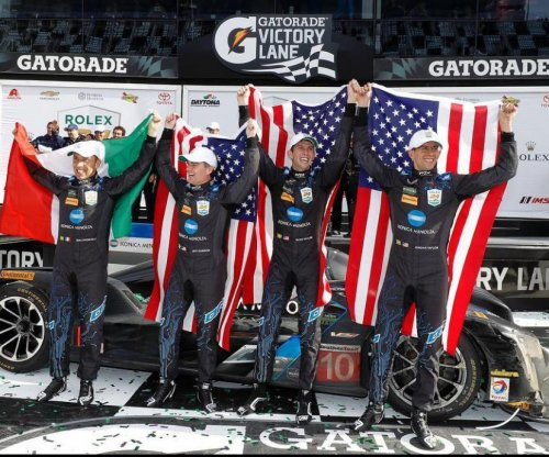 Jeff Gordon's team wins Rolex 24 at Daytona
