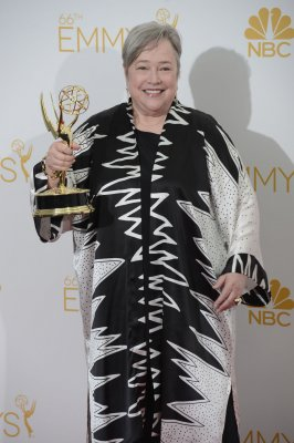 Kathy Bates, Jessica Lange win Emmys for 'American Horror Story'