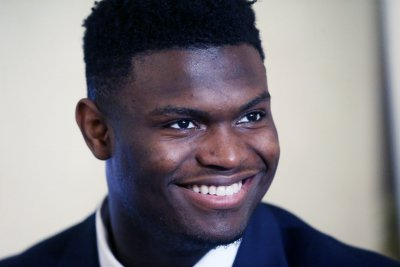 NBA Draft: Zion Williamson signs with CAA Sports