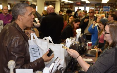 President shops at bookstore on Small Business Saturday